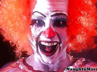 Petite Veruca James Deepthroats Clown