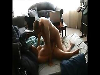 Chubby Wife Gets Fucked On Homemade - Xvideos.com