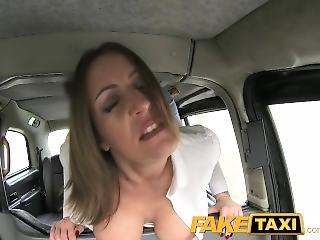 dikke tiet, engels, milf, realiteit, taxi