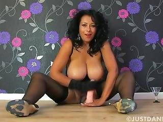 Milf With Big Boobs Give Joi