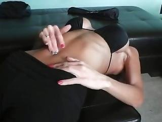 Sexy Girl Fingering Her Own Bellybutton