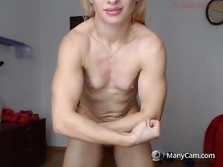 Muzklegirl (j) Workout Flexing And Most Muscular Show